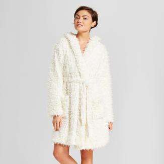 https://www.target.com/p/women-s-cream-fuzzy-hooded-robe-xhilaration-153/-/A-52808296#lnk=sametab&preselect=52634214